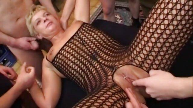 تمرین یوگا کاملاً کانال تلگرامی سکسی خارجی برهنه