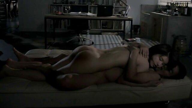 نوجوان لزبین لعنتی با dildo کانال تلگرام رمان های سکسی صورتی