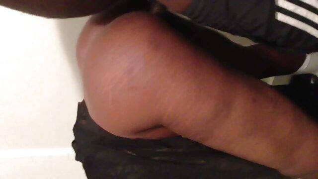 4. کانال تلگرام کلیپ های سکسی بور رابطه جنسی نژادی را با بز سیاه تجربه کنید