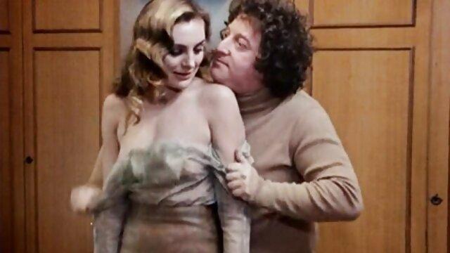 اواخر شب لینک کانال های فیلم سکسی در تلگرام سویدانکا