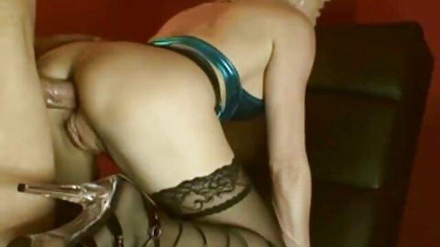 بارمن آماتور داغ در فیلم های سکسی تلگرامی نوار لعنتی