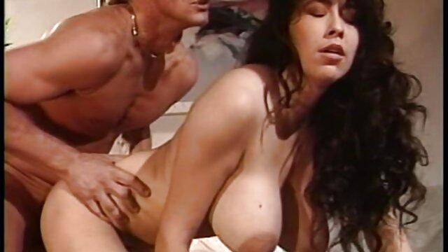 پورن استار کثیف عضوی را کانال تلگرام فیلم وعکس سکسی خفه کرد